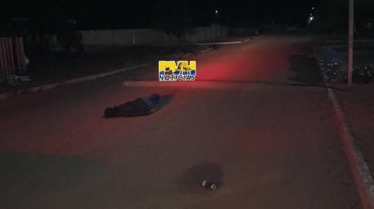 ACERTO DE CONTAS: Usuário de drogas é morto com tiro na cabeça ao sair de boca de fumo