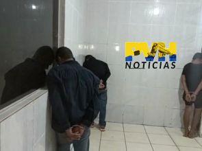 ARMA NA CABEÇA: Bandidos fazem reféns durante roubo a comércio na zona sul de Porto Velho